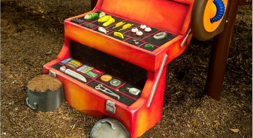 PlayWorx Tackle-box Climber
